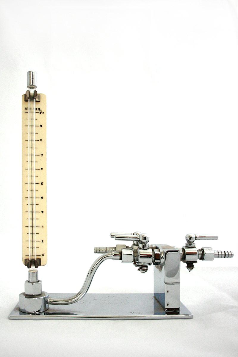 Venous Pressure Manometer