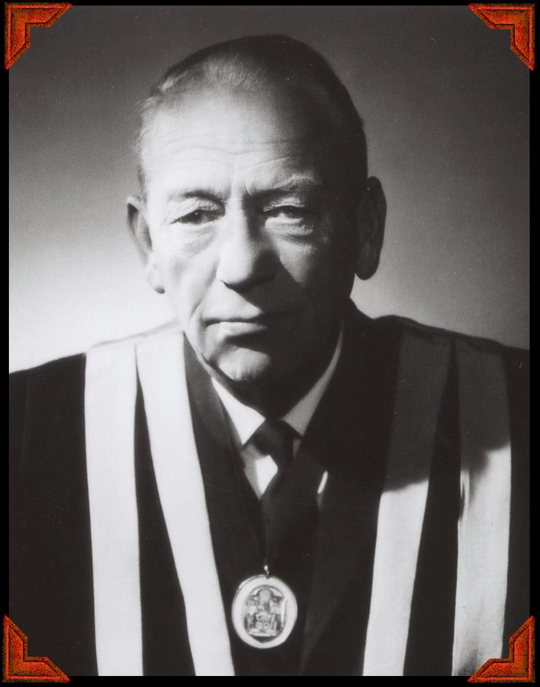 Lennard Travers